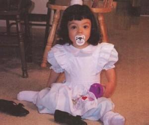 Gabbey in Alice dress